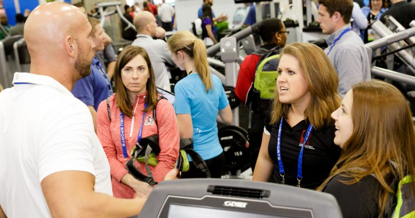 Members engage with Associate members at the 2015 NIRSA Expo